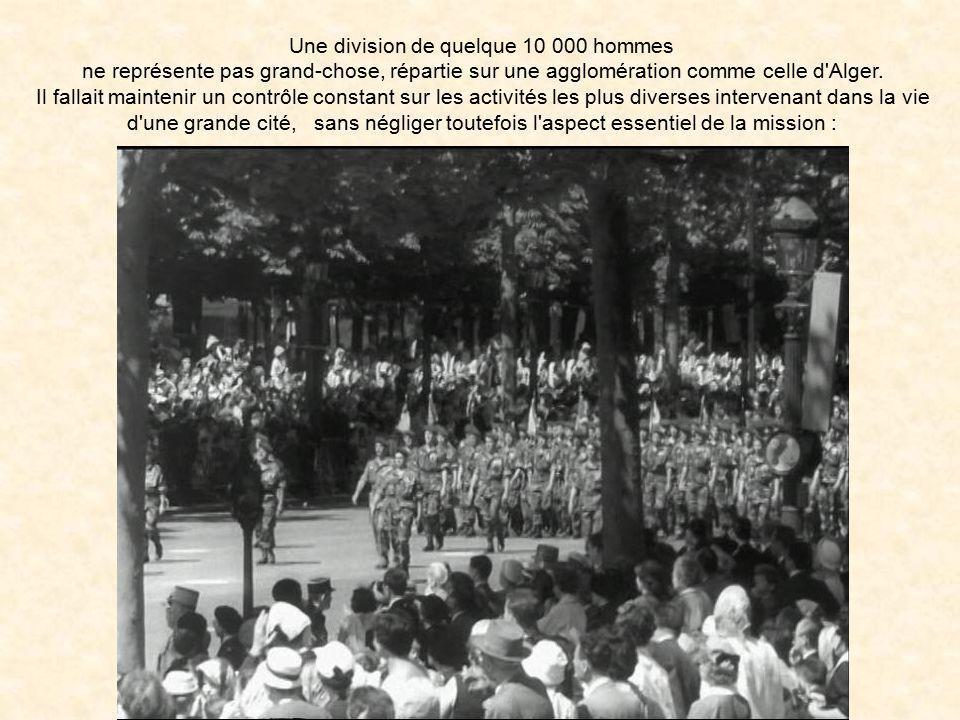 Une division de quelque 10 000 hommes