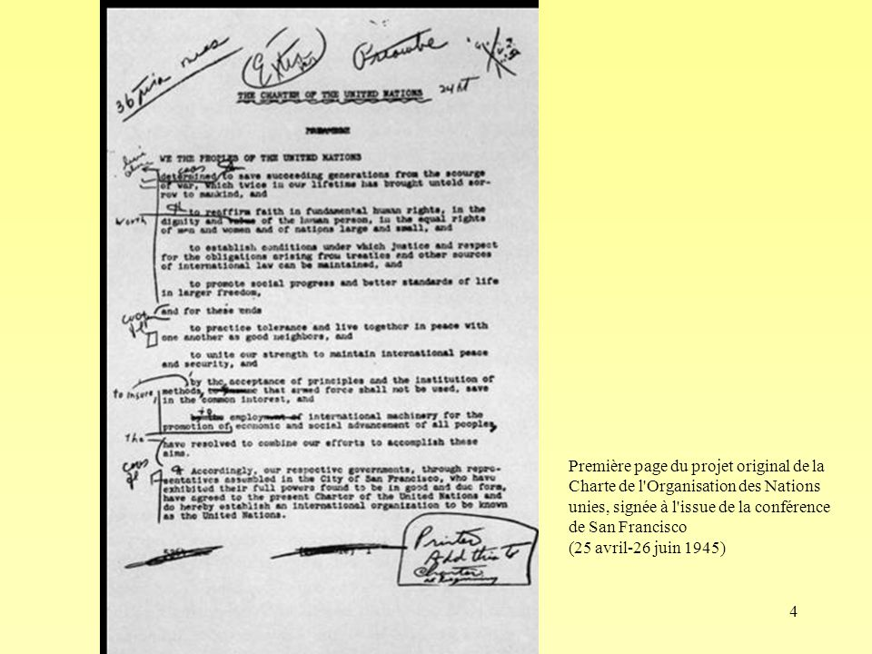 Première page du projet original de la Charte de l Organisation des Nations unies, signée à l issue de la conférence de San Francisco