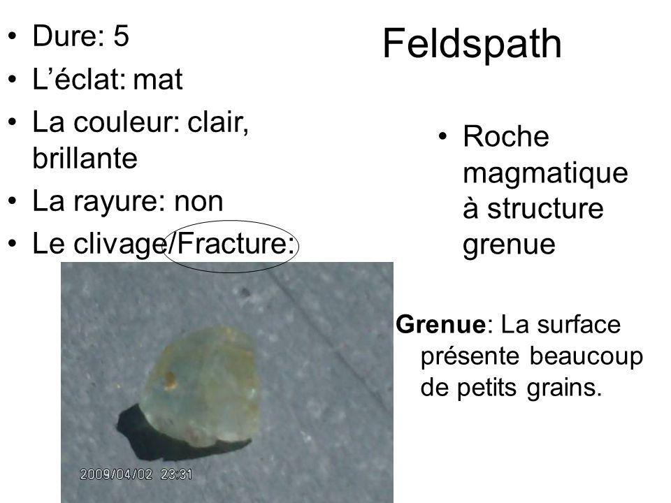 Feldspath Dure: 5 L'éclat: mat La couleur: clair, brillante