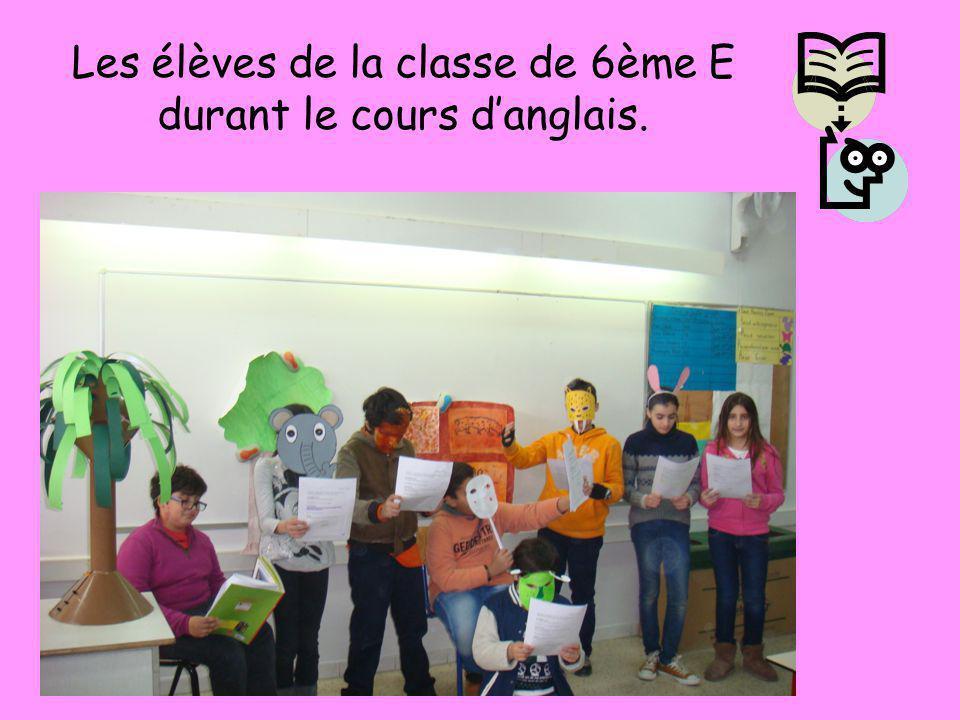 Les élèves de la classe de 6ème E durant le cours d'anglais.