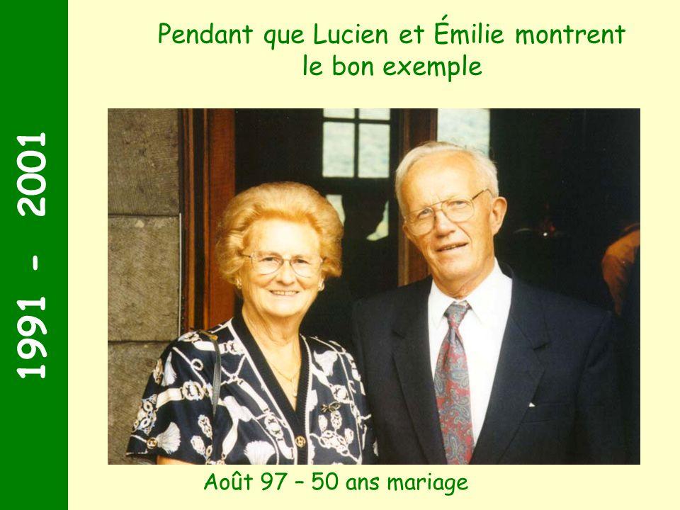 Pendant que Lucien et Émilie montrent le bon exemple