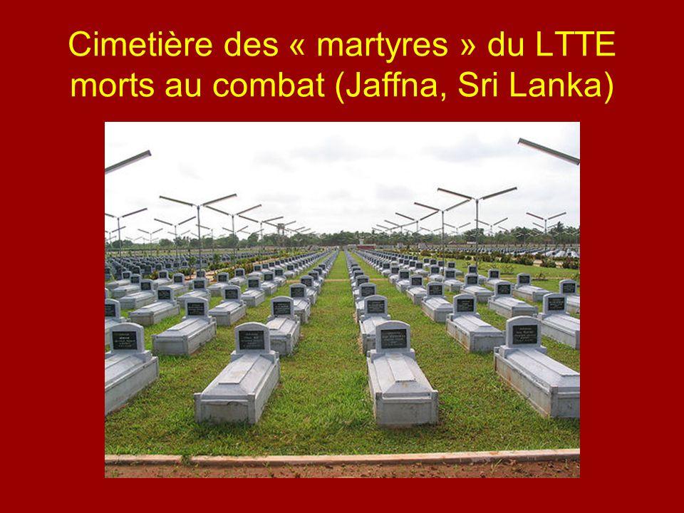 Cimetière des « martyres » du LTTE morts au combat (Jaffna, Sri Lanka)
