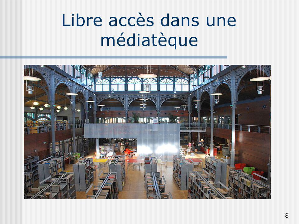 Libre accès dans une médiatèque