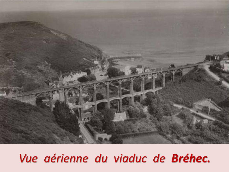 Vue aérienne du viaduc de Bréhec.
