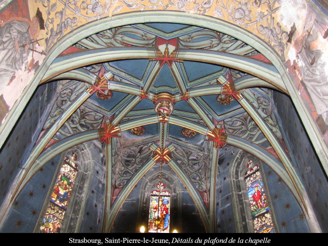 Strasbourg, Saint-Pierre-le-Jeune, Détails du plafond de la chapelle