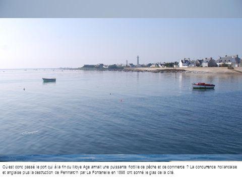Où est donc passé le port qui à la fin du Moye Age armait une puissante flottille de pêche et de commerce .