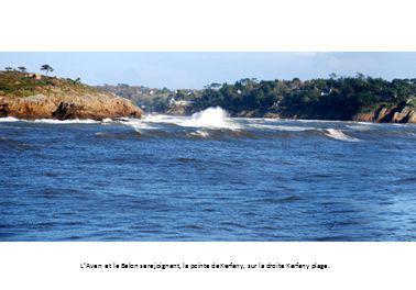 L'Aven et le Belon se rejoignent, la pointe de Kerfany, sur la droite Kerfany plage.