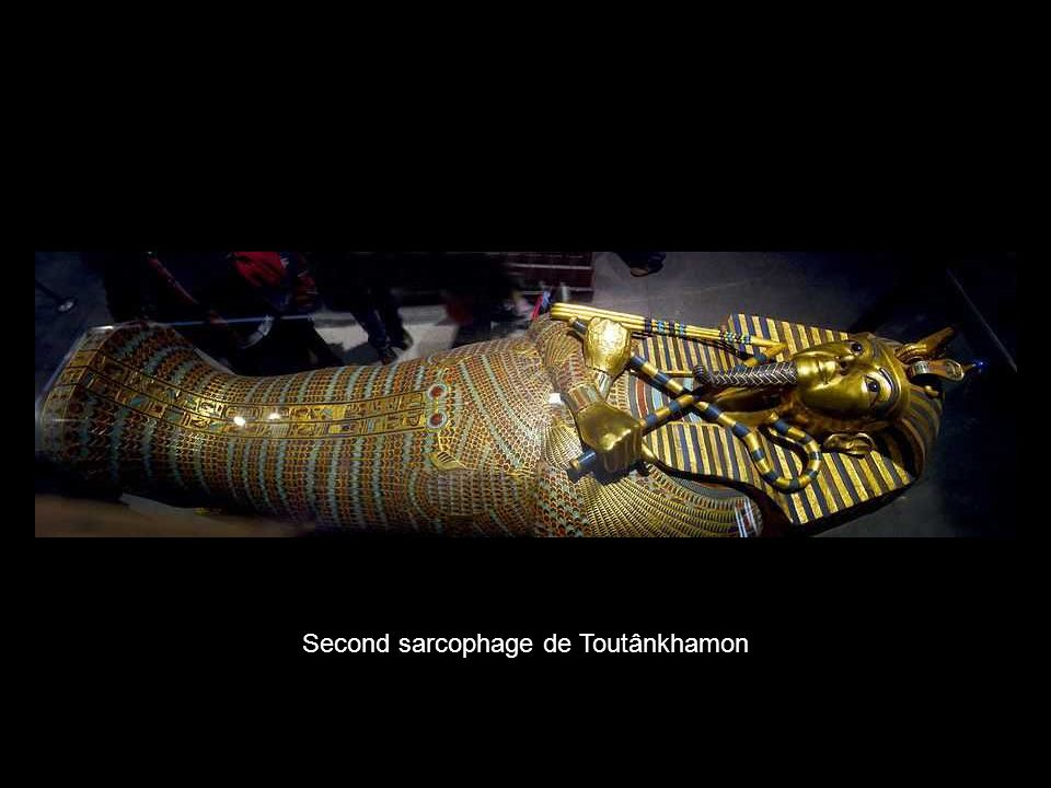 Second sarcophage de Toutânkhamon