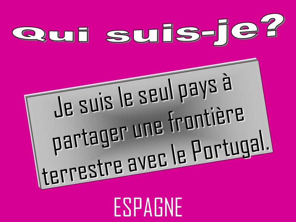partager une frontière terrestre avec le Portugal.