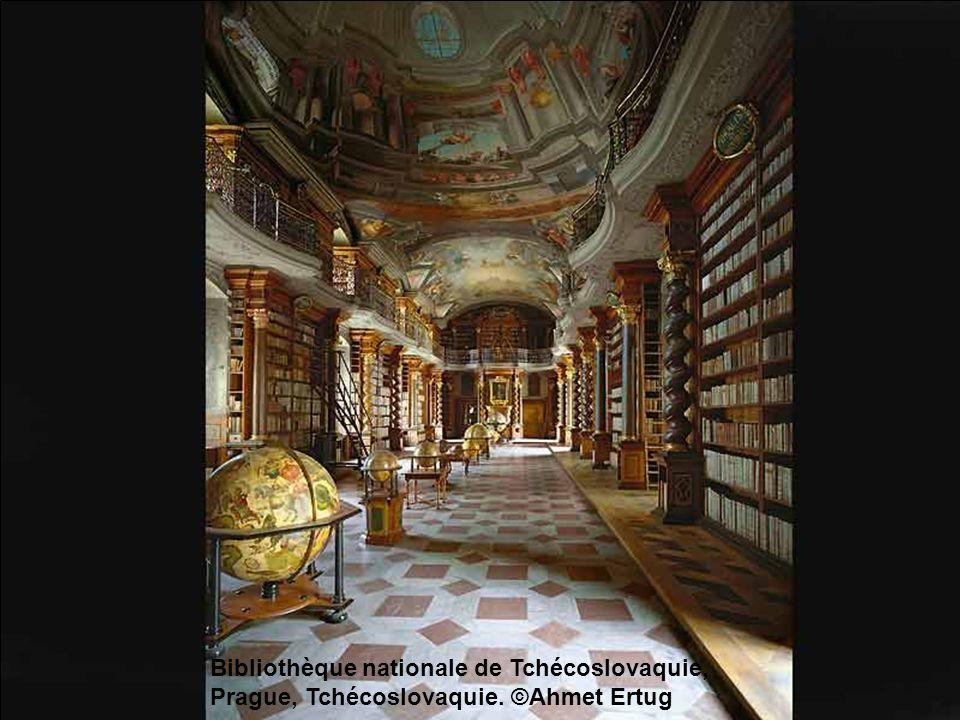 Bibliothèque nationale de Tchécoslovaquie, Prague, Tchécoslovaquie