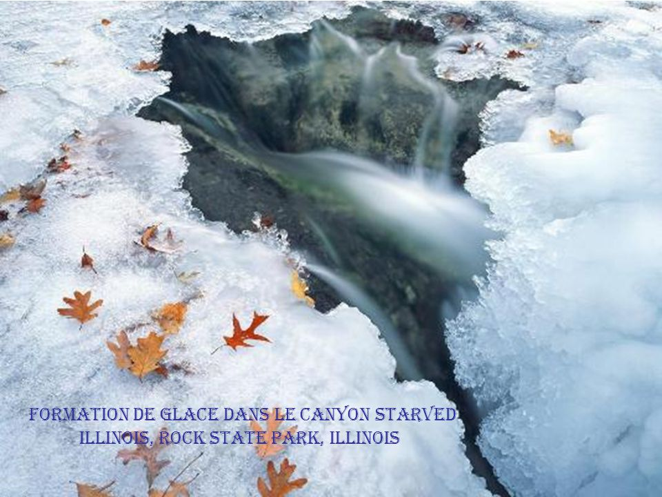 Formation de glace dans le Canyon Starved Illinois, Rock State Park, Illinois