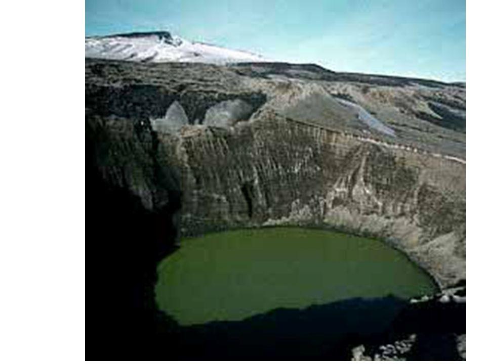 Antarctique Anglais Fossé d effondrement circulaire et lac de caldeira.