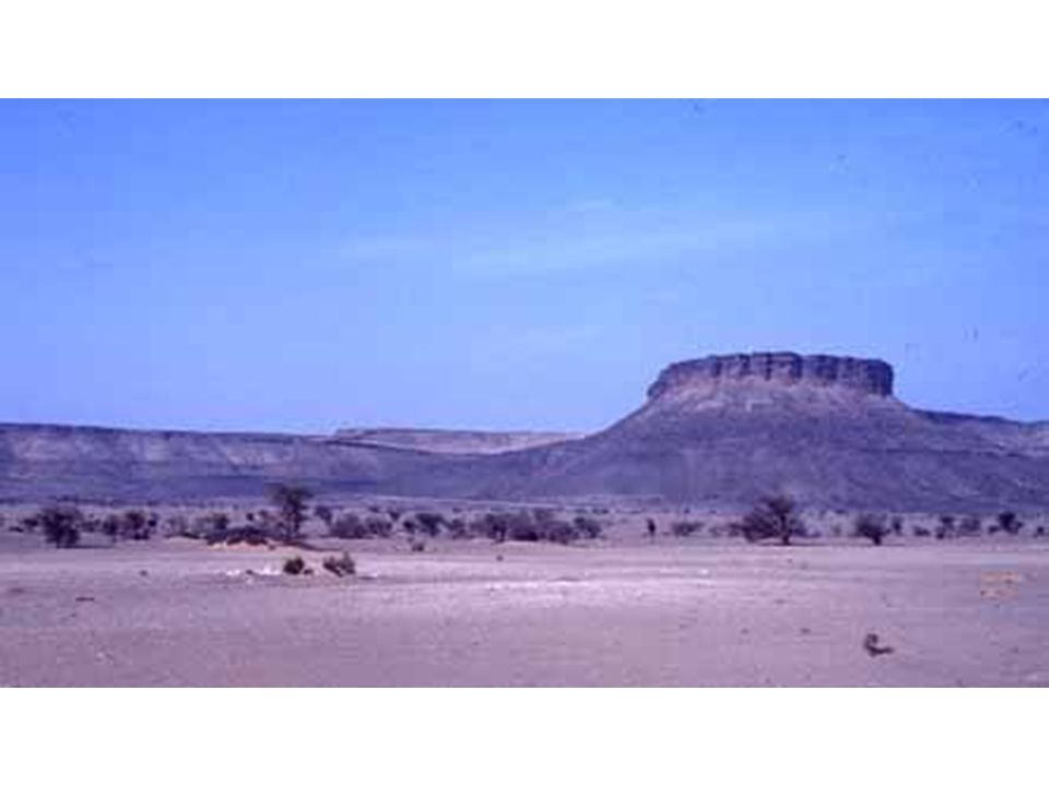 Mesa à corniche festonné, talus et plateau, Mauritanie