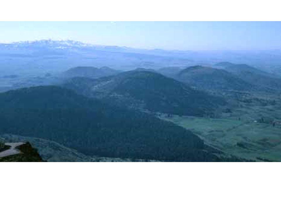 Chaîne des Puys France Pliocène, pléistocène.