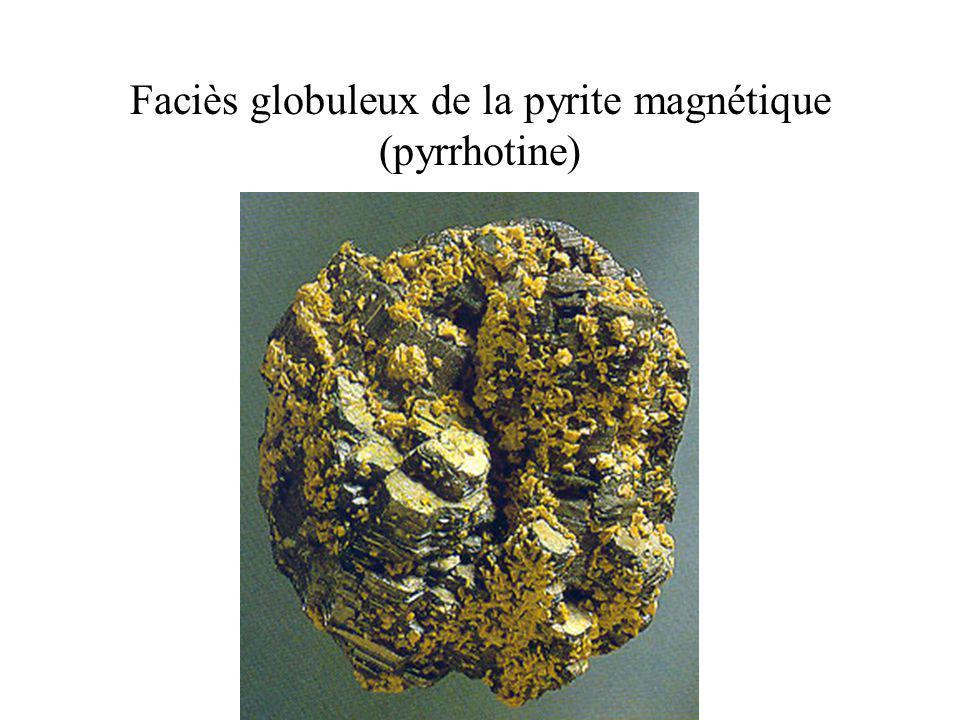 Faciès globuleux de la pyrite magnétique (pyrrhotine)