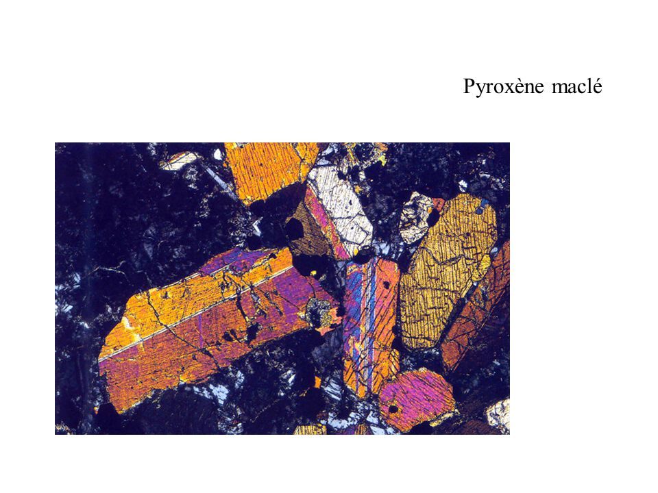 Pyroxène maclé