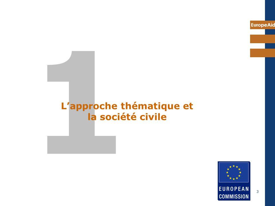 L'approche thématique et la société civile