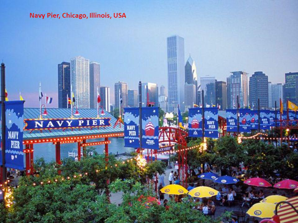 Navy Pier, Chicago, Illinois, USA