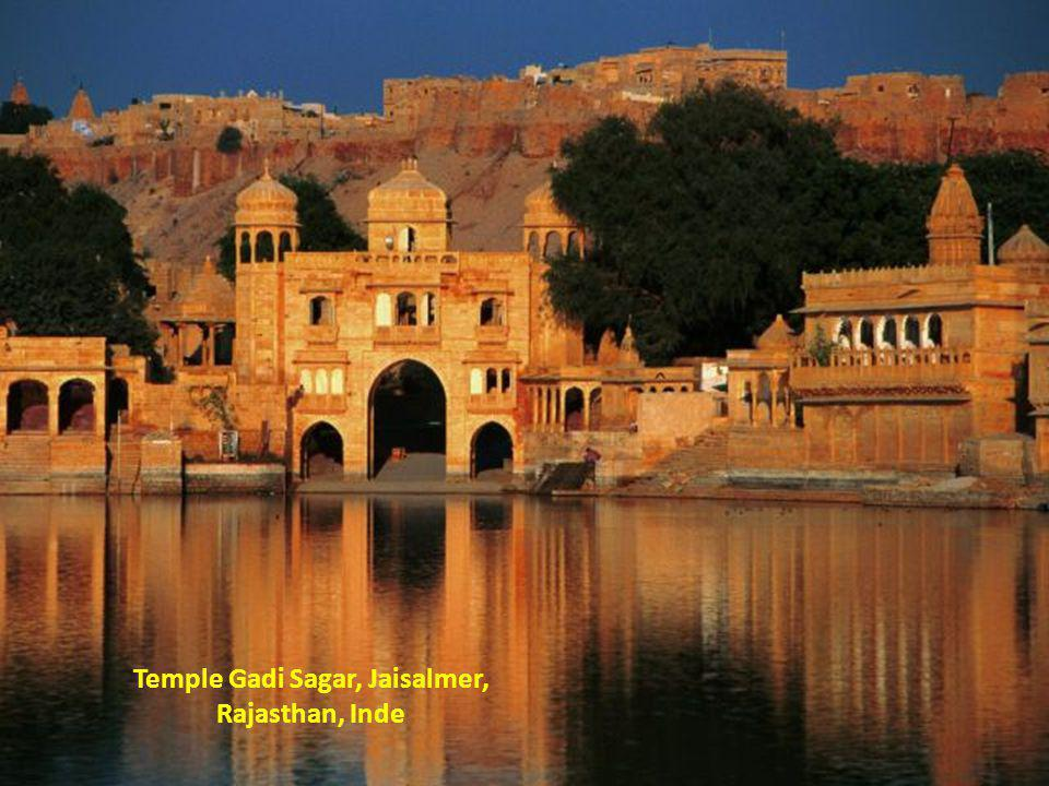 Temple Gadi Sagar, Jaisalmer, Rajasthan, Inde