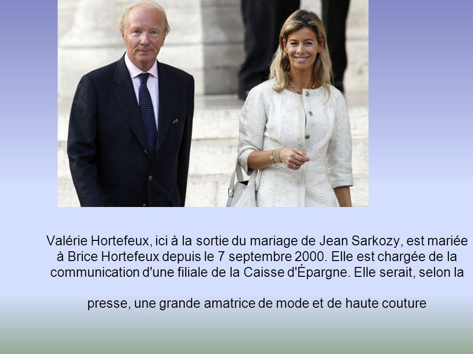Valérie Hortefeux, ici à la sortie du mariage de Jean Sarkozy, est mariée à Brice Hortefeux depuis le 7 septembre 2000.