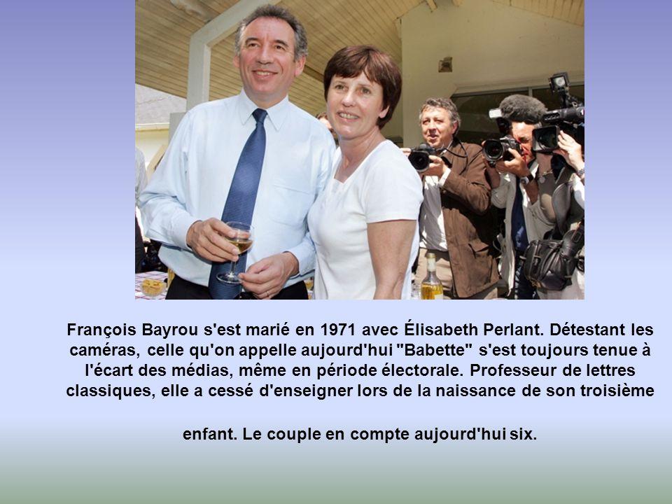 François Bayrou s est marié en 1971 avec Élisabeth Perlant