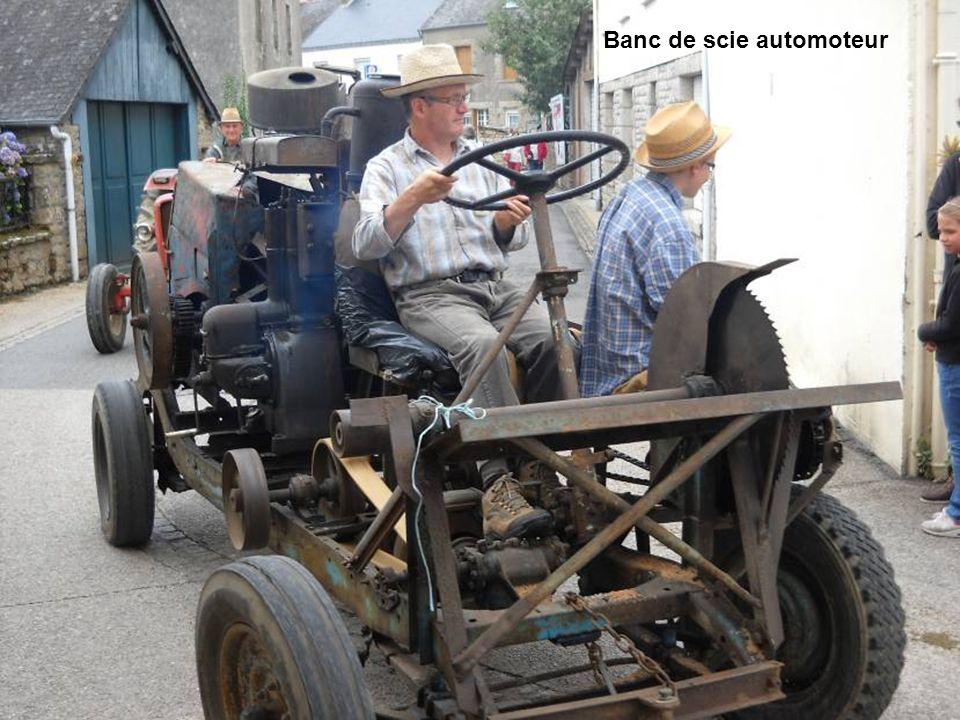 Banc de scie automoteur