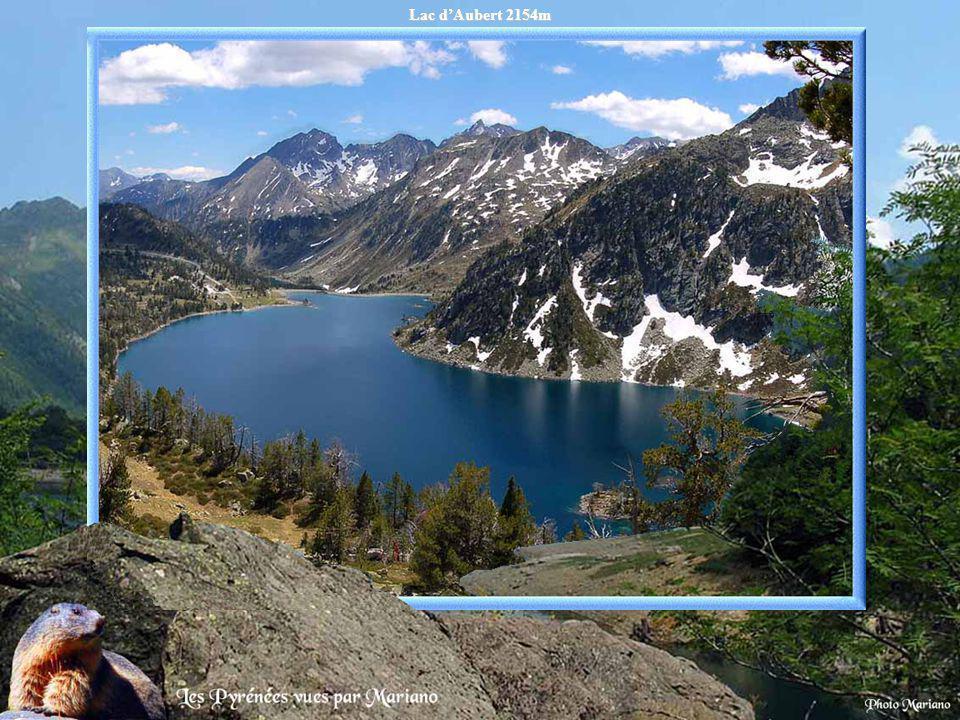 Lac d'Aubert 2154m .