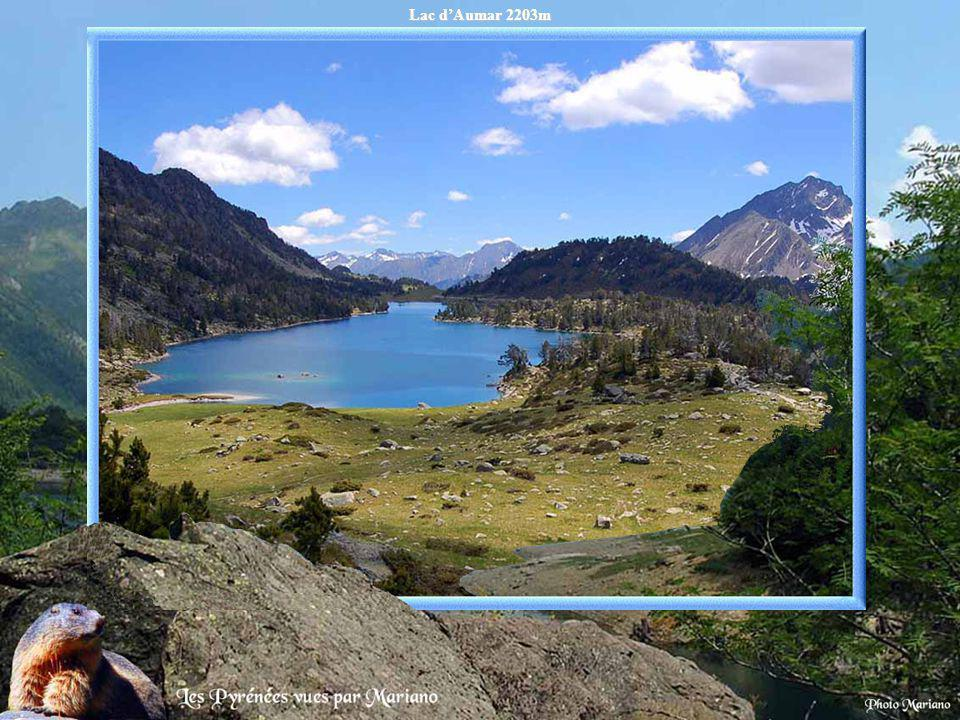 Lac d'Aumar 2203m .