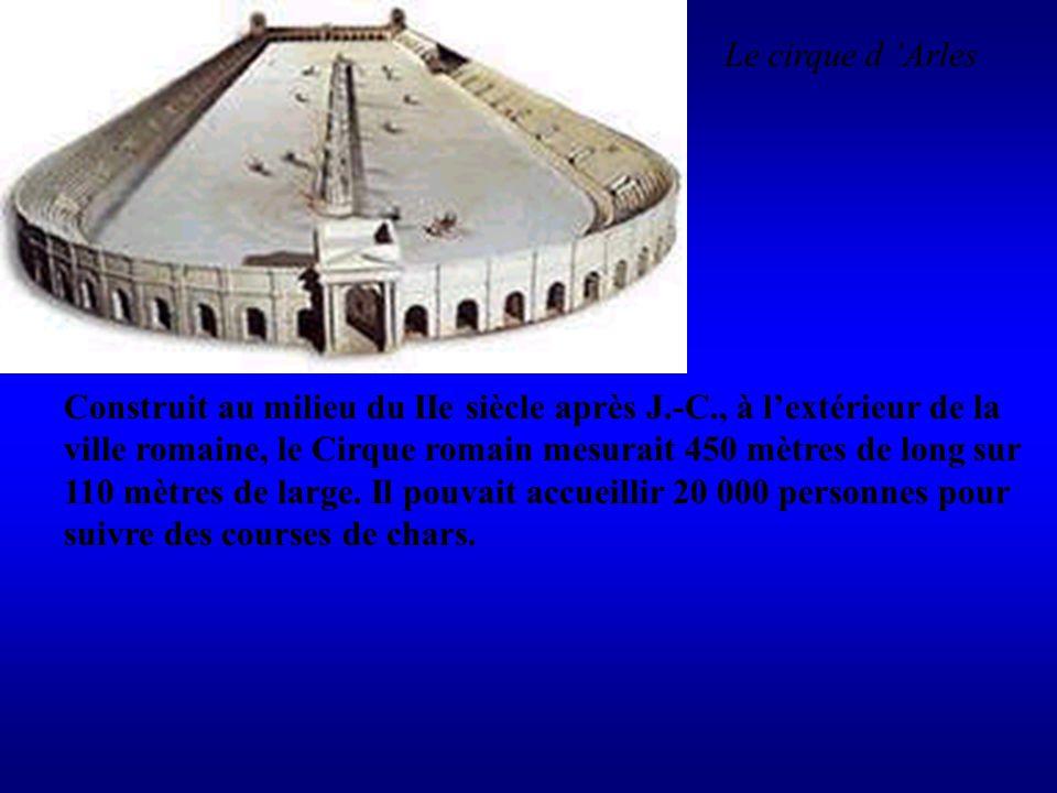 Le cirque d 'Arles