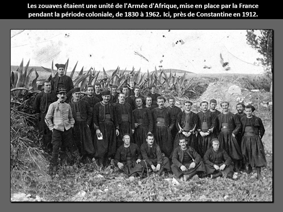 Les zouaves étaient une unité de l Armée d Afrique, mise en place par la France