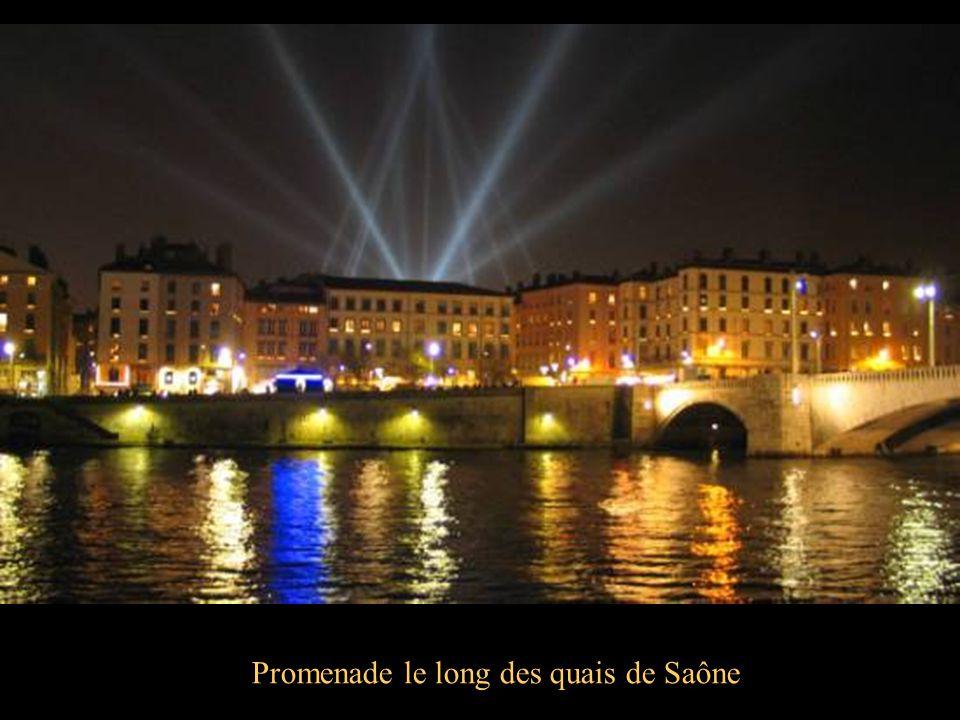 Promenade le long des quais de Saône