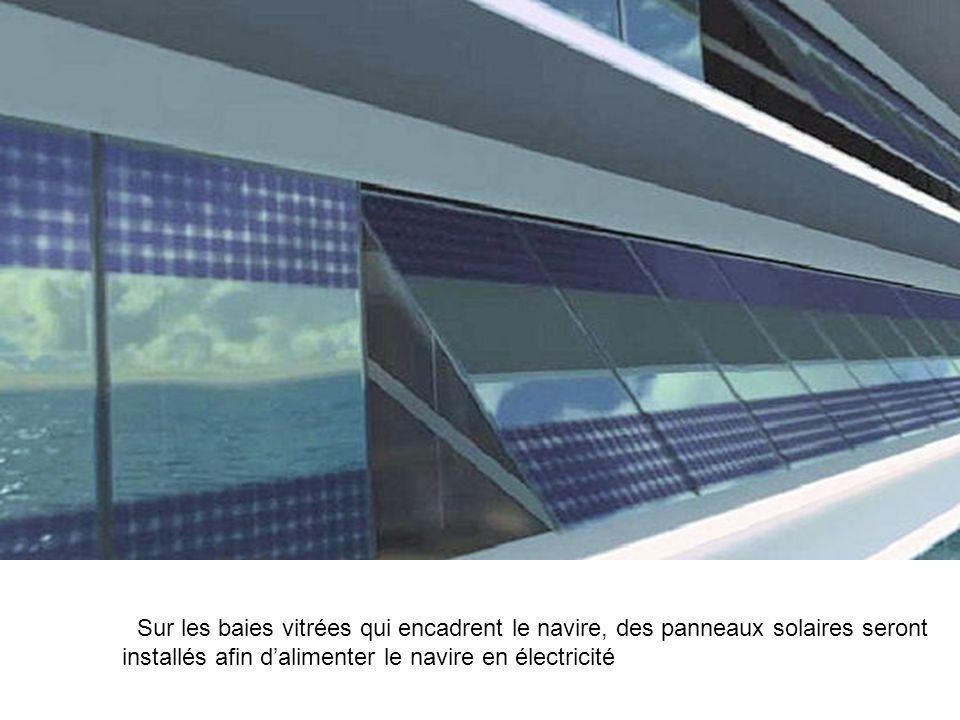 Sur les baies vitrées qui encadrent le navire, des panneaux solaires seront