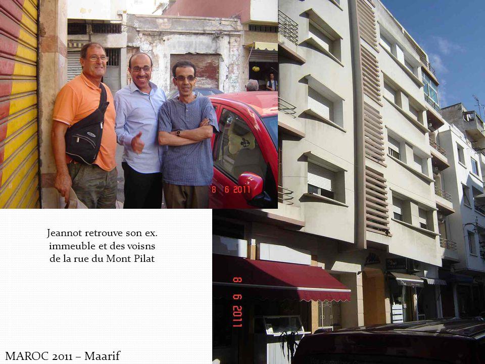 Jeannot retrouve son ex. immeuble et des voisns