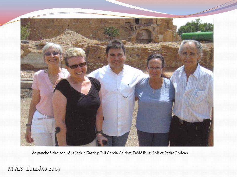 de gauche à droite : n°42 Jackie Gardey, Pili Garcia Galdon, Dédé Ruiz, Loli et Pedro Rodeas
