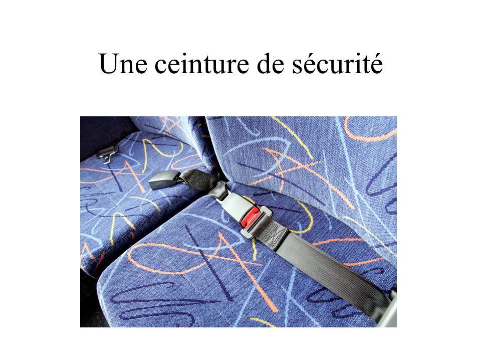 Une ceinture de sécurité