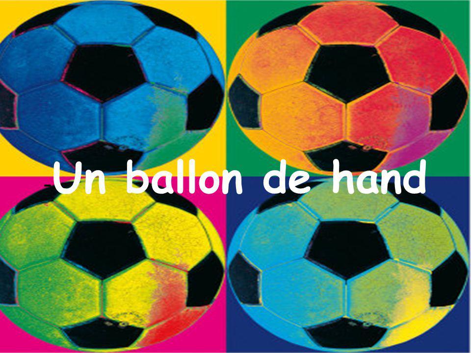 -Un ballon de hand