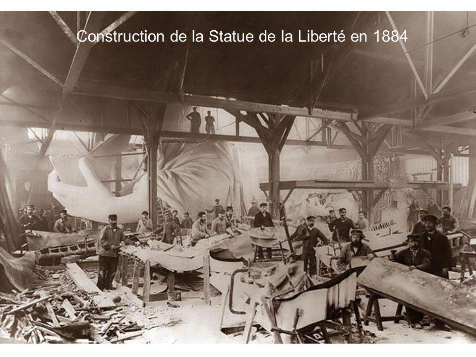Construction de la Statue de la Liberté en 1884