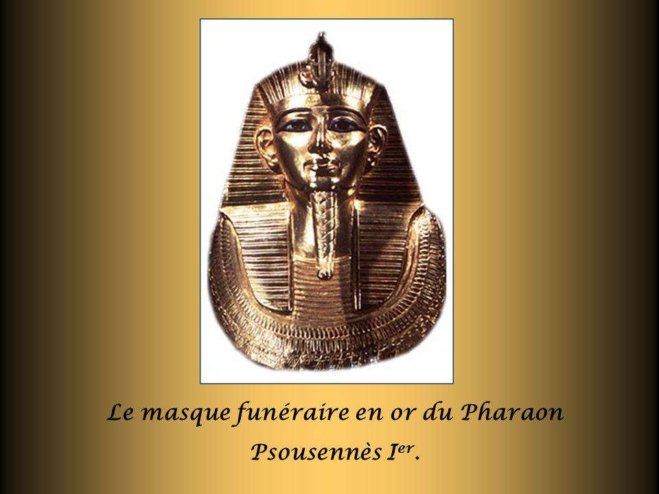 Le masque funéraire en or du Pharaon