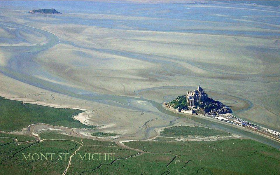 Mont St- Michel