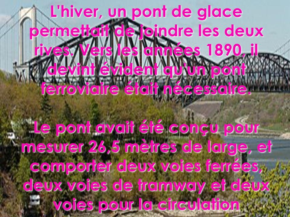L hiver, un pont de glace permettait de joindre les deux rives