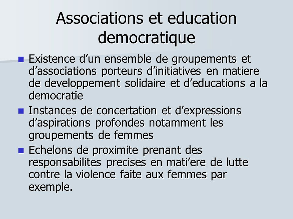 Associations et education democratique