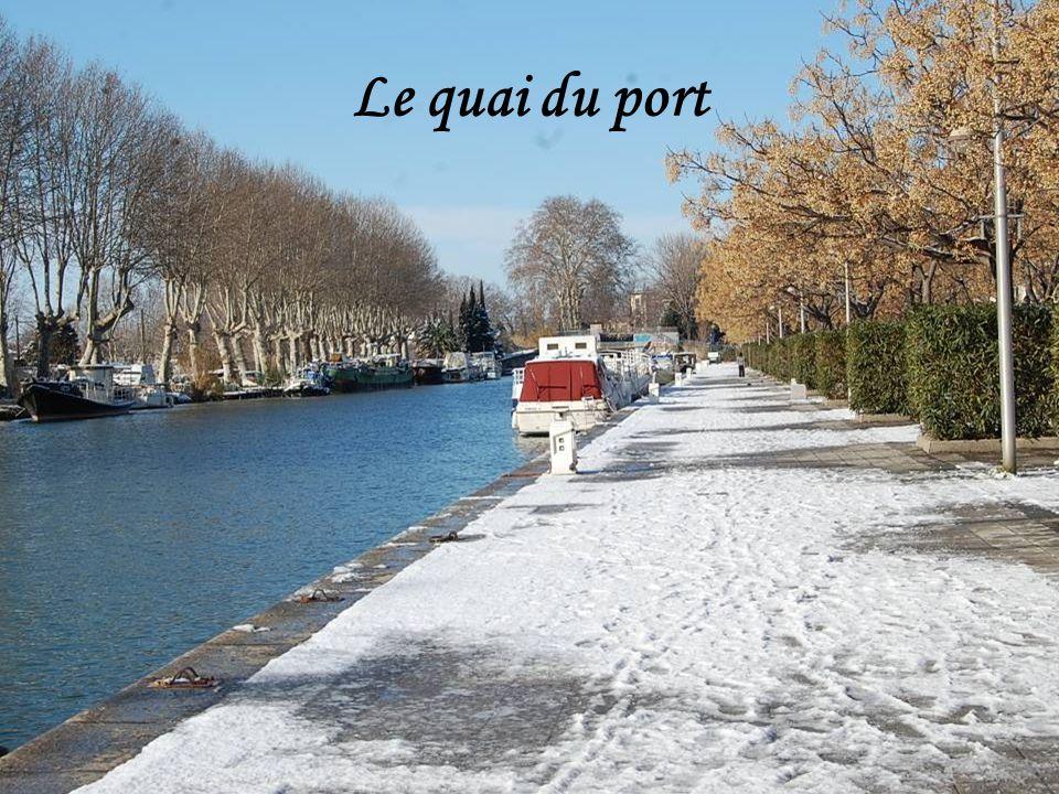 Le quai du port