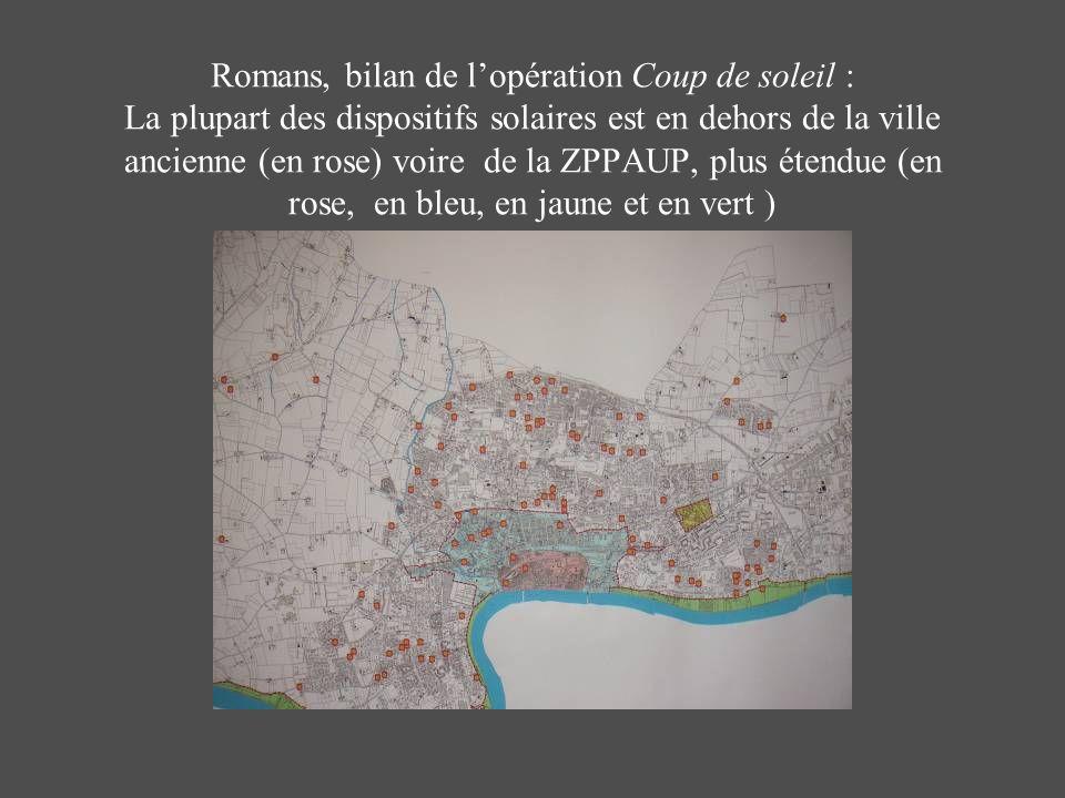 Romans, bilan de l'opération Coup de soleil : La plupart des dispositifs solaires est en dehors de la ville ancienne (en rose) voire de la ZPPAUP, plus étendue (en rose, en bleu, en jaune et en vert )