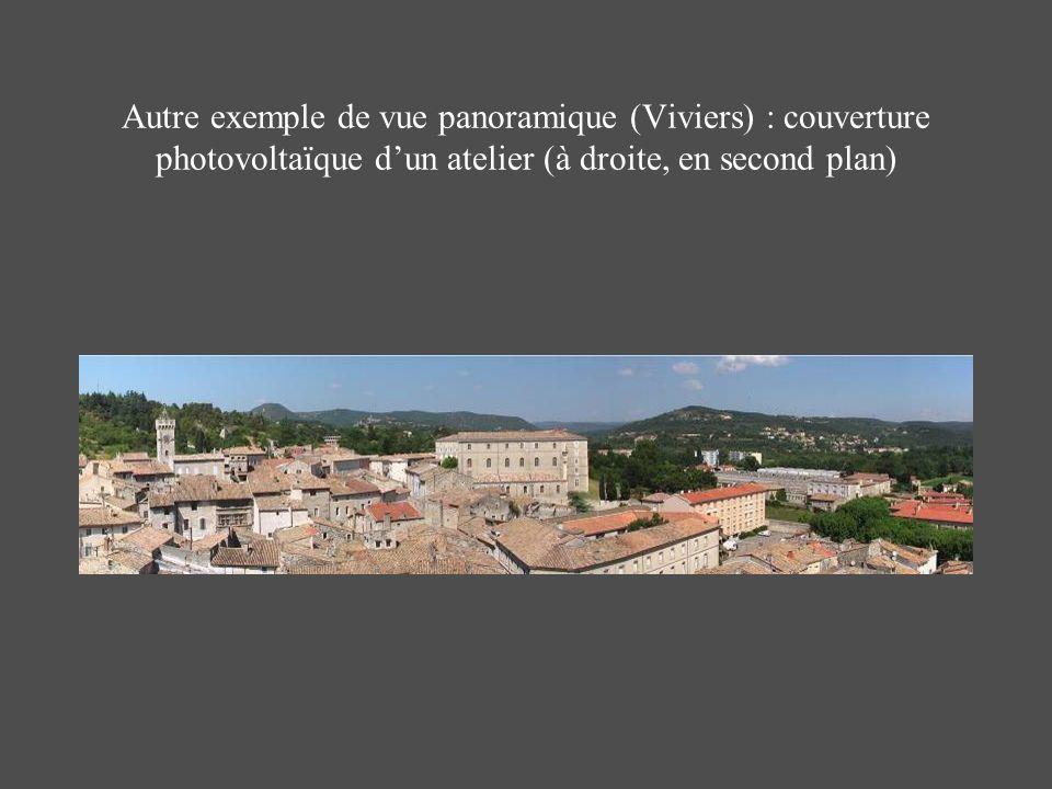 Autre exemple de vue panoramique (Viviers) : couverture photovoltaïque d'un atelier (à droite, en second plan)