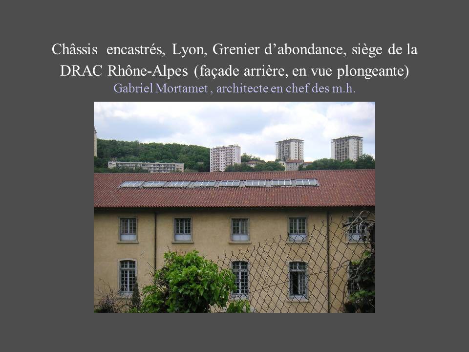 Châssis encastrés, Lyon, Grenier d'abondance, siège de la DRAC Rhône-Alpes (façade arrière, en vue plongeante) Gabriel Mortamet , architecte en chef des m.h.