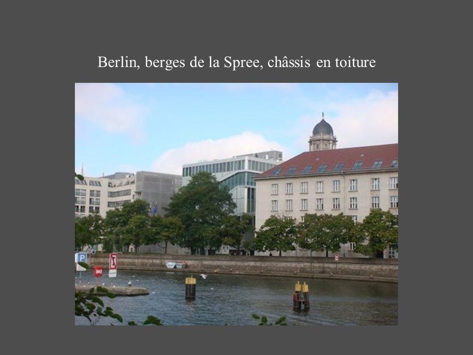 Berlin, berges de la Spree, châssis en toiture