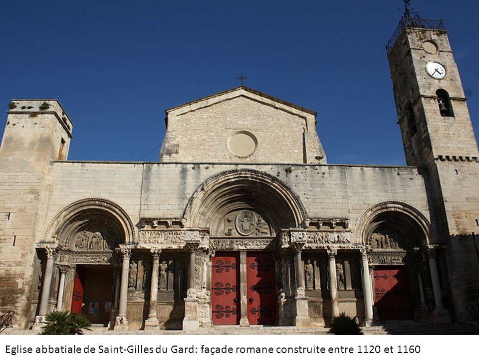 Eglise abbatiale de Saint-Gilles du Gard: façade romane construite entre 1120 et 1160