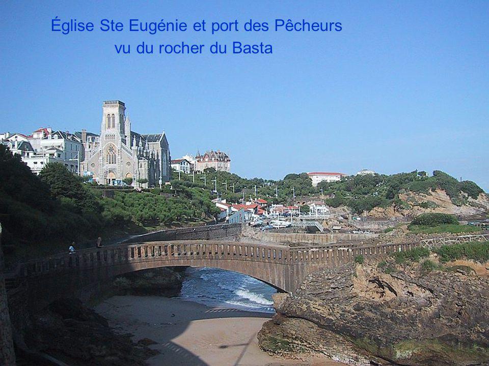 Église Ste Eugénie et port des Pêcheurs