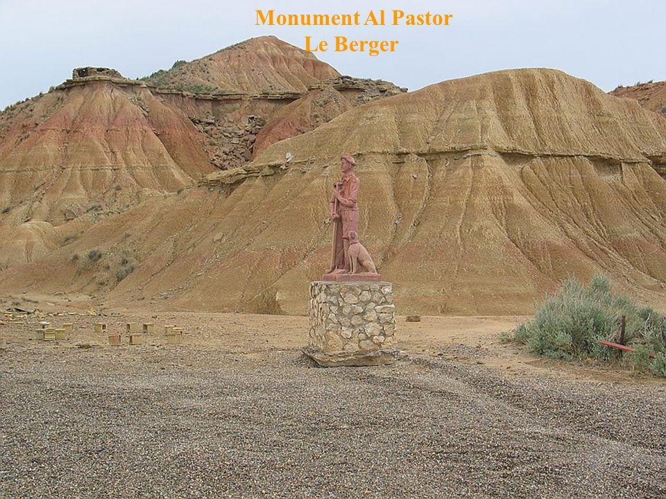 Monument Al Pastor Le Berger
