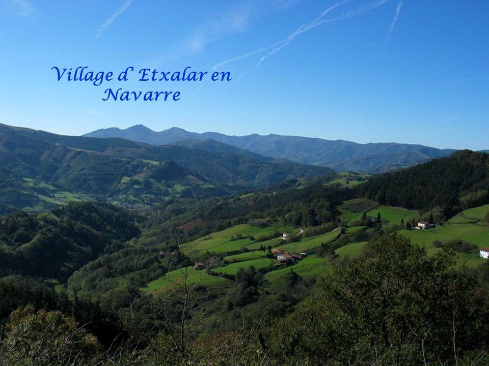 Village d' Etxalar en Navarre